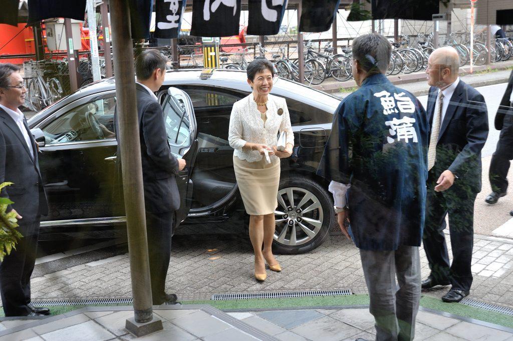 高円宮妃久子さまの本店及び工場御視察の栄を賜りました。