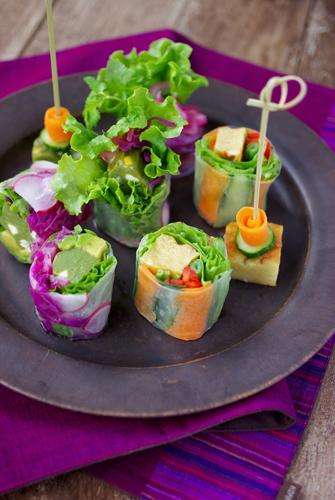 「カリー蒲鉾」で野菜たっぷり☆カラフル生春巻き&簡単ピンチョス