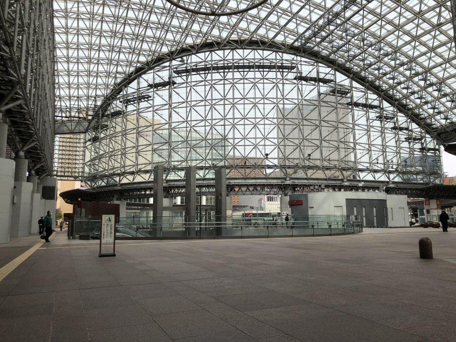 当面の期間、金沢百番街店が臨時休業となりました