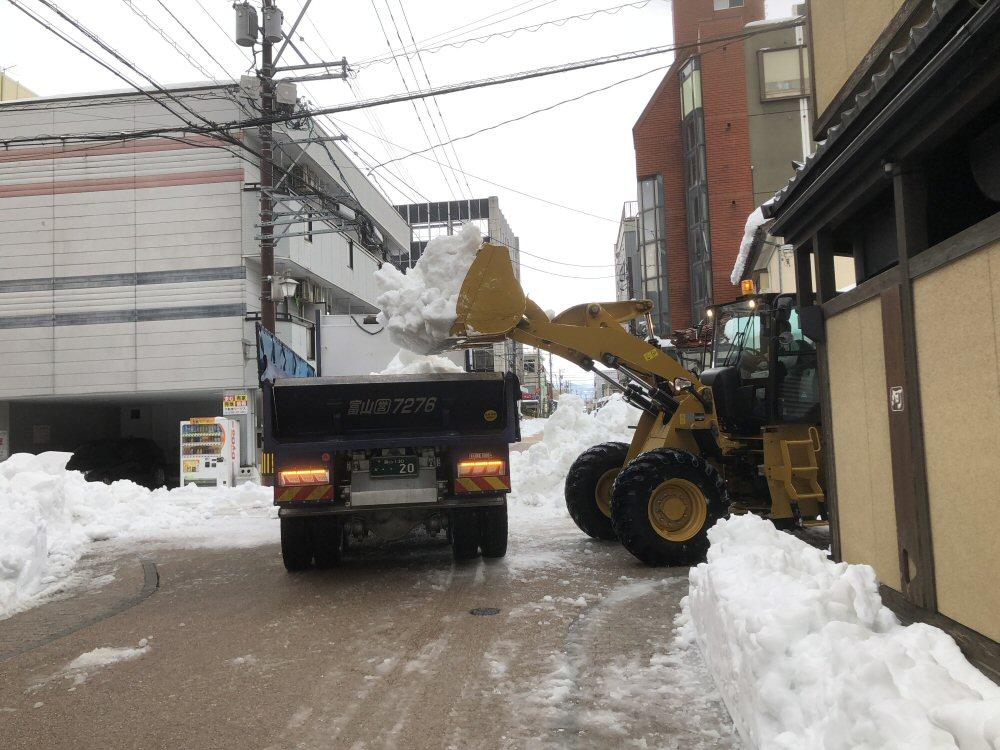 除雪は進んでいますが富山県はステージ2へ移行…