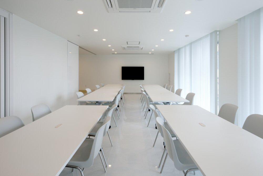 【創業70周年記念事業】本社工場休憩室・階段室の全面改装を実施!